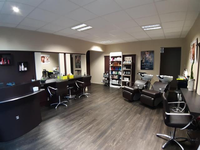 Salon de coiffure mixte & Barbier