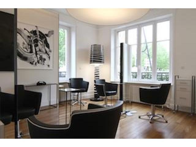 Maison de beauté haut de gamme recherche coiffeur/euse expérimenté/e